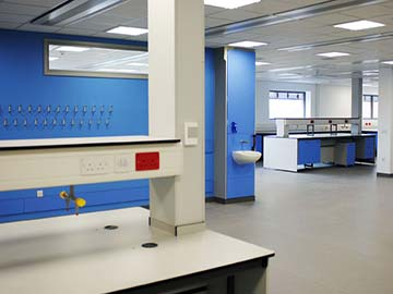 new cross hospital wolverhampton lab furniture