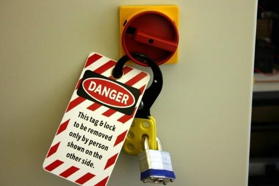 danger tag & lock
